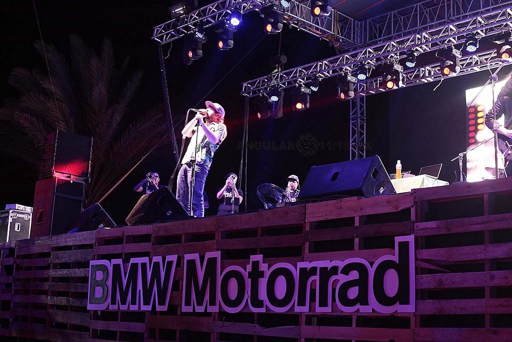 BMW Motorrad México 2019 presentación musical de Tropikal Forever