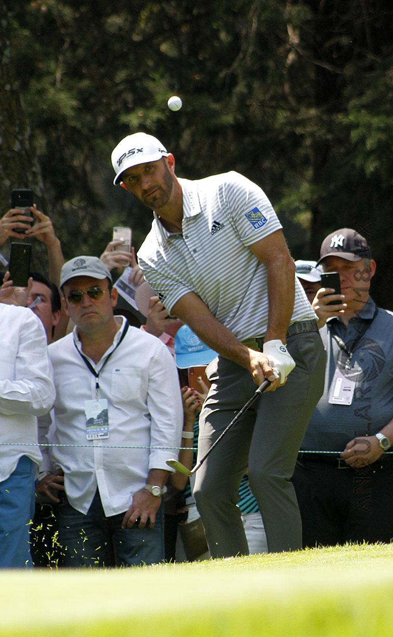 Dustin Johnson de Estados Unidos lidera el World Golf Championships México 2019, después de la tercera ronda