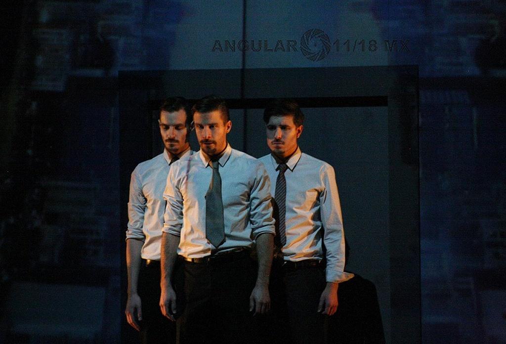 Electronic City, Sexta Edición, del Festival de Teatro Universitario,