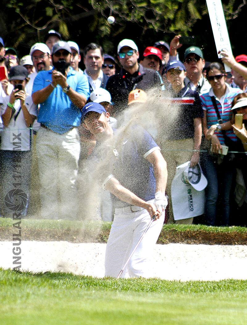 Rory Mcllroy de Irlanda del Norte, en la tercera ronda del World Golf Championships, México 2019