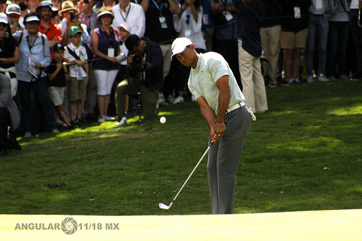 Tiger Woods en la tercera ronda del World Golf Championships México 2019