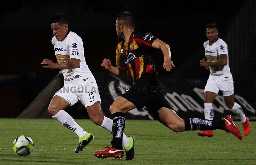 descolgada de Juan Manuel Iturbe frente a los Leones Negros en la Copa MX 2019