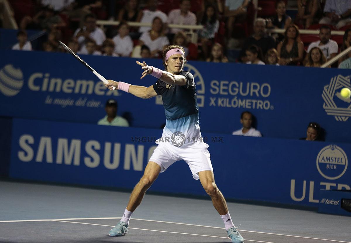Alexander Zverev en la final del AMT jugando semifinales
