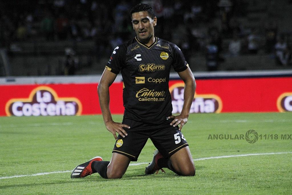 Luis Jerez, jugador de Dorados después de realizar un autogol frente a Pumas