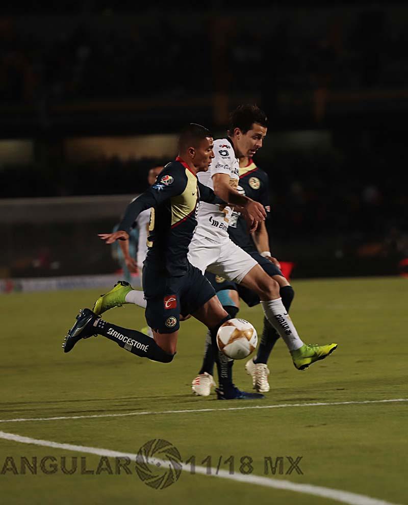 Empataron a uno los Pumas y el América en el juego de ida de las semifinales del torneo de la liga mx apertura 2018